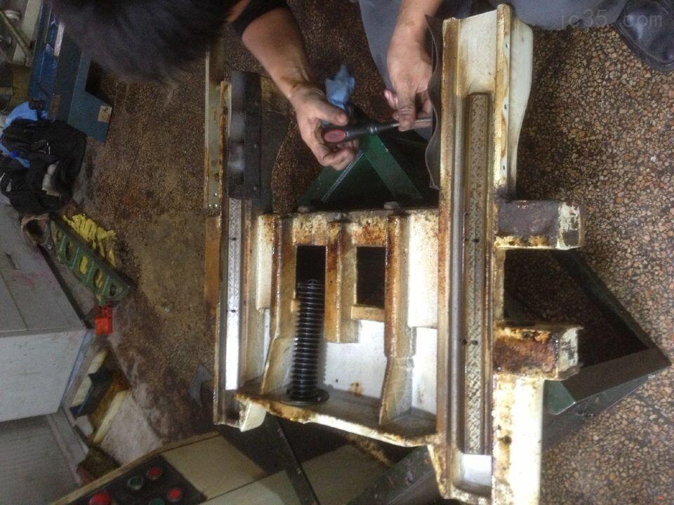 上海宇青618平面磨床导轨铲花精度修复