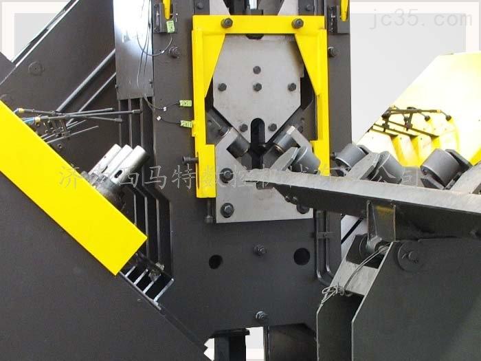 数控角钢钻孔生产线