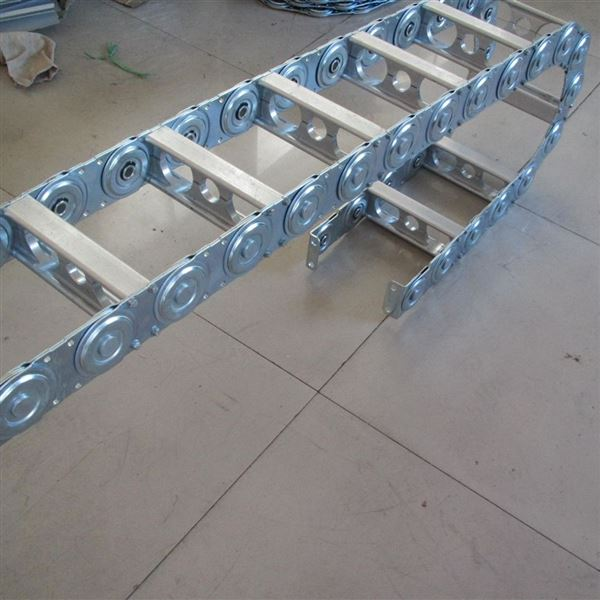 非开挖铺管钻机钢铝拖链