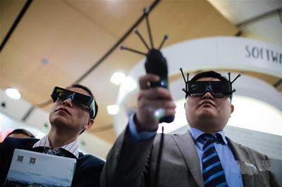 中国展商亮相2016年汉诺威工业博览会