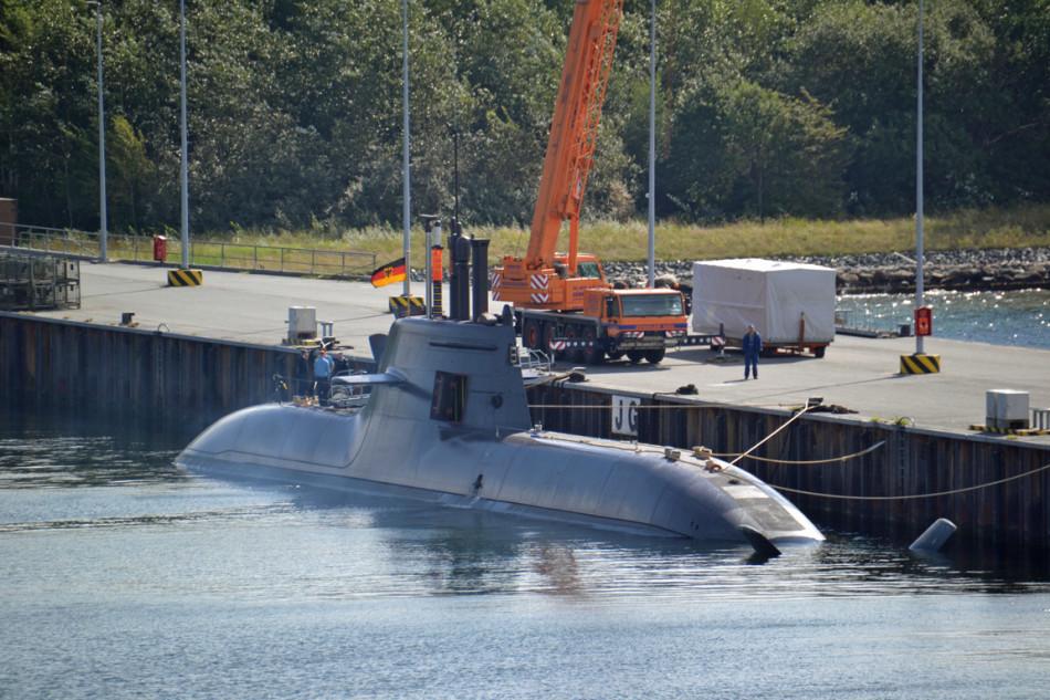 德国潜艇工艺到底有多好?艇体光滑的能当镜子