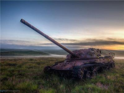 坦克坟场:曾经的镇国之宝和钢铁洪流