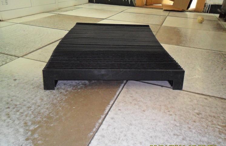 伸缩式柔性风琴防护罩产品图
