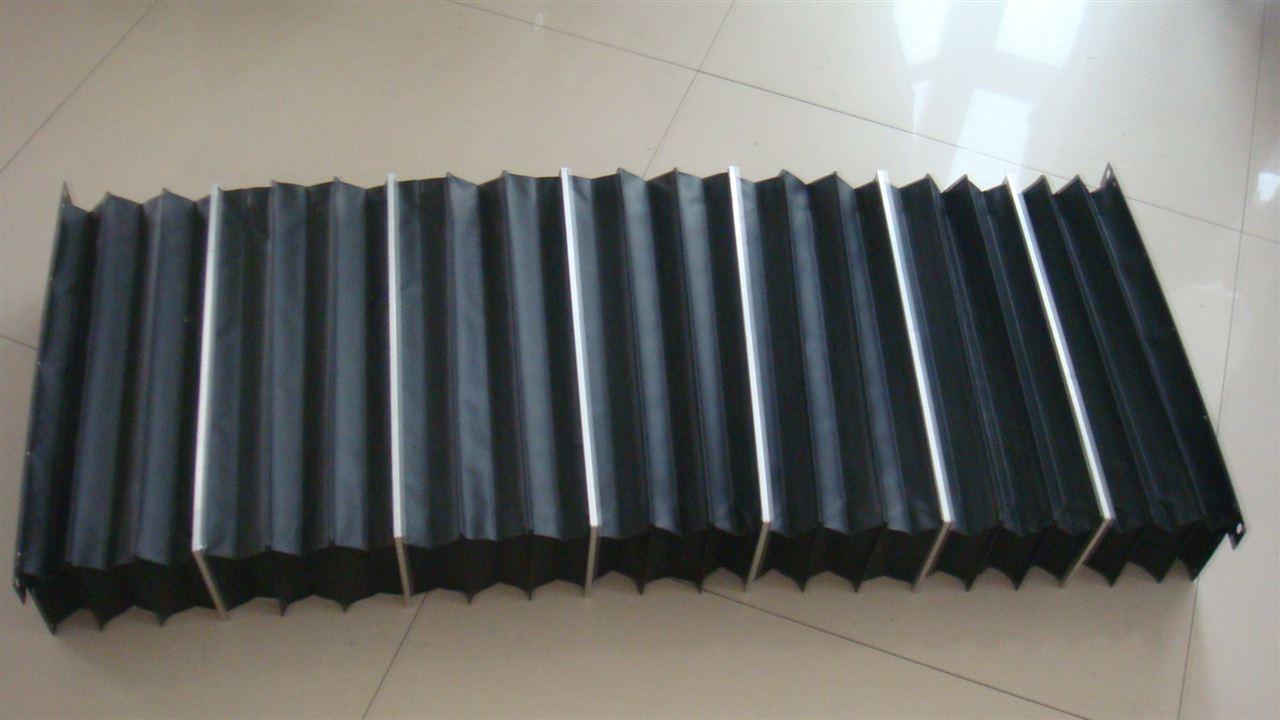 耐温柔性风琴式导轨防护罩产品图
