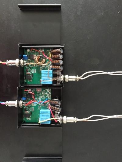 使用者只需将经过改装的电动车放在太阳能光伏板旁便可以实现无线充电